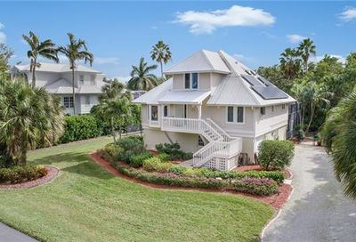 1212 Sand Castle Rd Sanibel FL 33957