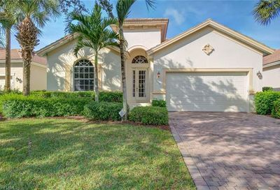 5546 Whispering Willow Way Fort Myers FL 33908