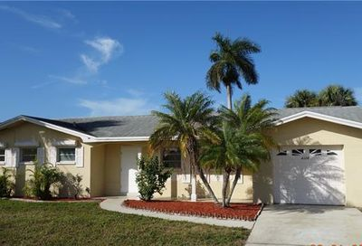 4325 S Gulf Cir North Fort Myers FL 33903