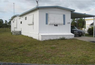 119 Conestoga Trl North Fort Myers FL 33917