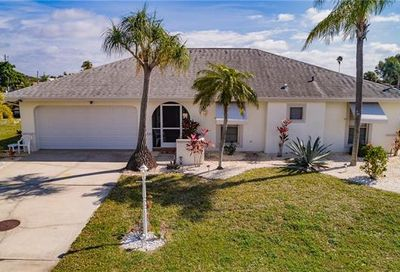 4322 S Bay Cir North Fort Myers FL 33903