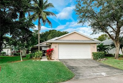 14871 Crescent Cove Dr Fort Myers FL 33908