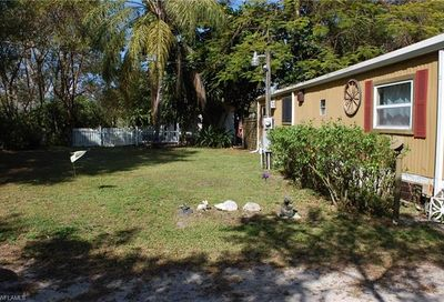 7759 Grady Dr North Fort Myers FL 33917