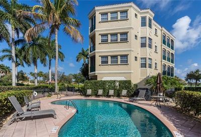 11160 Harbour Yacht Ct 23-B Fort Myers FL 33908