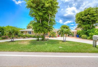 6720 Overlook Dr Fort Myers FL 33919