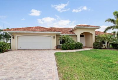 1737 SE 39th Ter Cape Coral FL 33904