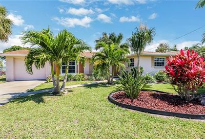 4424 N Gulf Cir North Fort Myers FL 33903