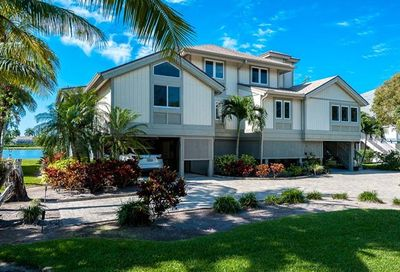 1607 Sand Castle Rd Sanibel FL 33957