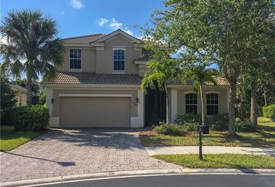 15586 Vallecas Ln Naples FL 34110
