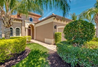 8651 Mercado Ct Fort Myers FL 33912