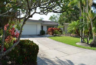 9406 Beverly Ln Sanibel FL 33957