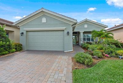 12768 Fairway Cove Ct Fort Myers FL 33905
