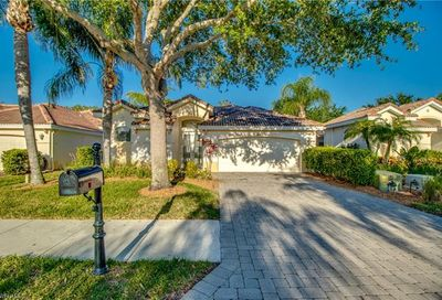 3160 Sundance Cir Naples FL 34109