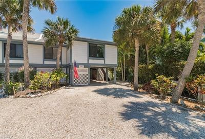 1427 Sandpiper Cir Sanibel FL 33957