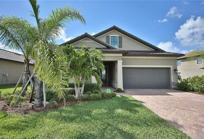 12264 Sussex St Fort Myers FL 33913