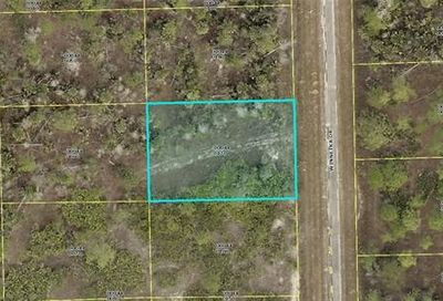 2147 Winnetka Dr Lehigh Acres FL 33972