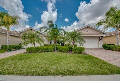 10530 Azzurra Dr Fort Myers FL 33913