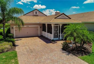 15324 Yellow Wood Dr Fort Myers FL 33920