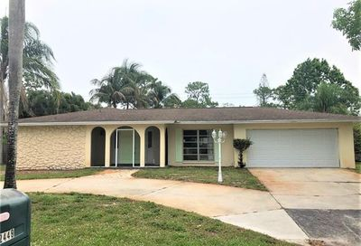 2449 Kent Ave Fort Myers FL 33907