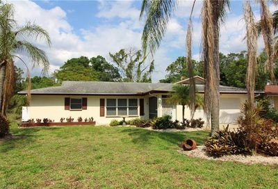 8948 Andover St Fort Myers FL 33907