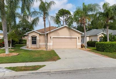 306 Stanhope Cir Naples FL 34104