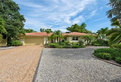556 Chert Ct Sanibel FL 33957