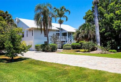 1558 Sand Castle Rd Sanibel FL 33957