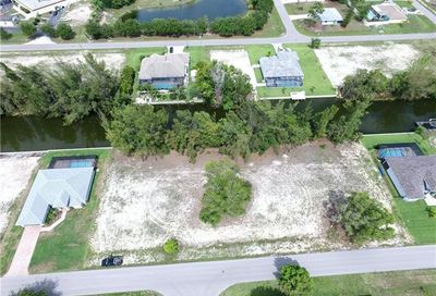 2131 SW 17th Pl Cape Coral FL 33991
