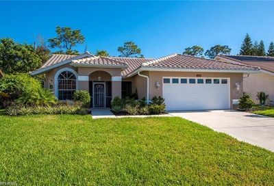 137 Saint James Way Naples FL 34104