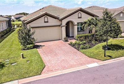 12764 Fairway Cove Ct Fort Myers FL 33905