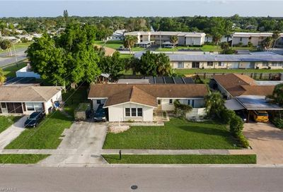1907 Longfellow Dr North Fort Myers FL 33903