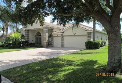 9840 Weather Stone Pl Fort Myers FL 33913