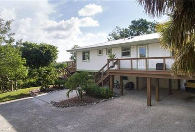 970 Palm St Sanibel FL 33957