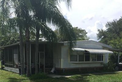 8092 Breeze Dr North Fort Myers FL 33917