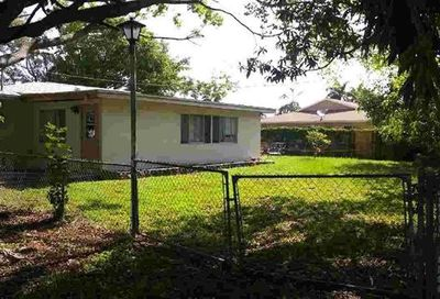 2100 Flora Ave Fort Myers FL 33907