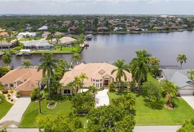 2034 Four Mile Cove Pky Cape Coral FL 33990