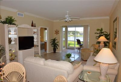 8067 Queen Palm Ln 612 Fort Myers FL 33966