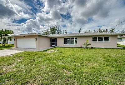 2084 Coral Point Dr Cape Coral FL 33990
