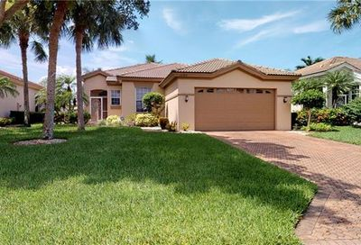16384 Willowcrest Way Fort Myers FL 33908