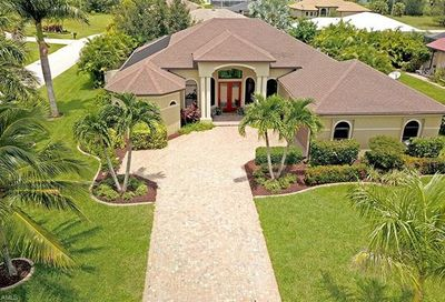 2325 SW 22nd Ter Cape Coral FL 33991