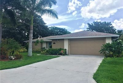 5227 Selby Dr Fort Myers FL 33919