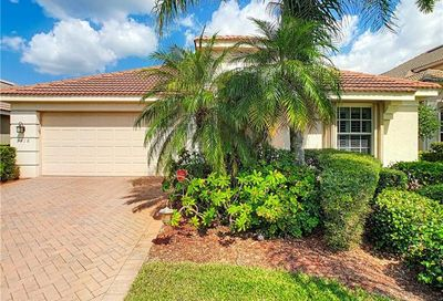 9318 Independence Way Fort Myers FL 33913