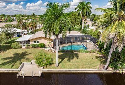 1667 Swan Ter North Fort Myers FL 33903