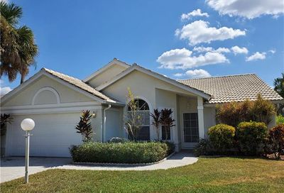 12851 Eagle Pointe Cir Fort Myers FL 33913