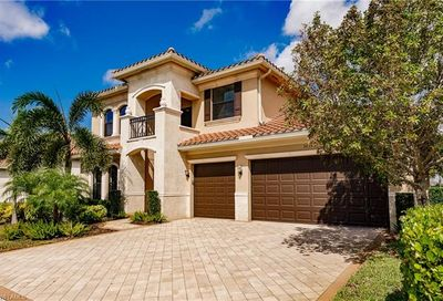 3033 Cinnamon Bay Cir Naples FL 34119