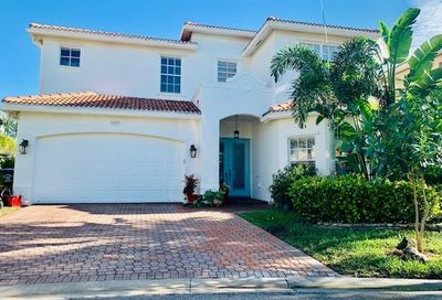 10383 Spruce Pine Ct Fort Myers FL 33913