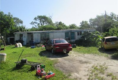 8085 Heck Dr North Fort Myers FL 33917