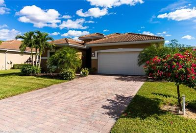 20576 Long Pond Rd North Fort Myers FL 33917