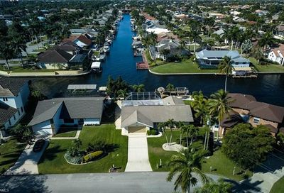 5402 SW 12th Pl Cape Coral FL 33914