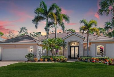 8490 Gleneagle Way Naples FL 34120